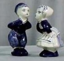 "DeWit Delft 4.25"" Kissing Couple (010566.12)"