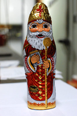 "*Chocolate Sinterklaas 9"" tall - large (PRE-ORDER)"