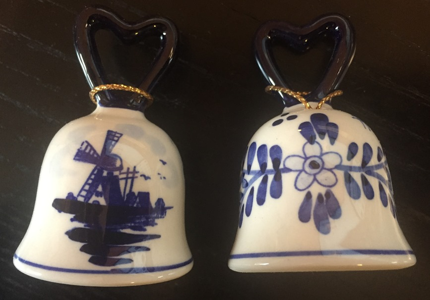 Blue/White Bell Ornament w Windmill (for 1 only)