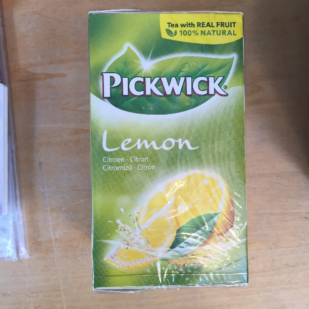 Pickwick Lemon Tea