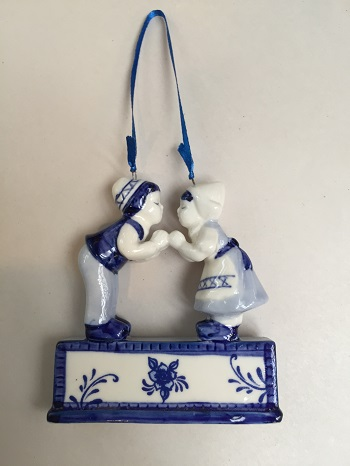 Blue/White Holding Hands Couple (2 LEFT)