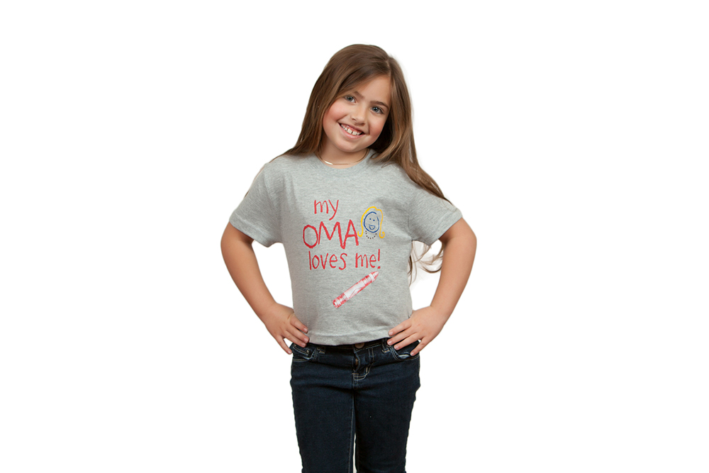 "Unisex ""My Oma Loves Me"" T Shirt Small**"