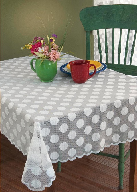 Polka Dot Table Topper