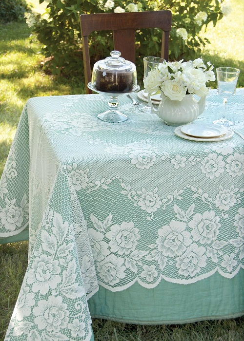 Victorian Rose Rectangle Tablecloths