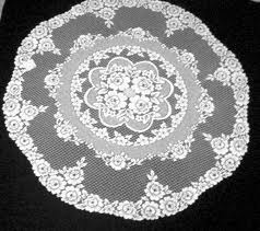 Victorian Rose Table Topper