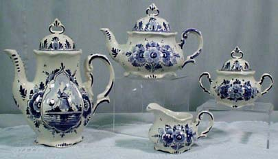 DeWit Delft Tea & Coffee Sets