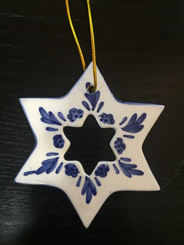 Blue/White Star Ornament (2D) (1 left) - whole in