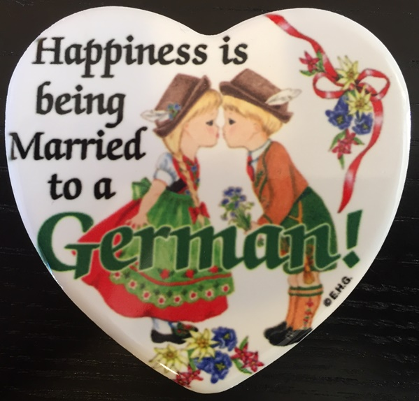 "3"" Magnet tile: Happiness.. married someone German"