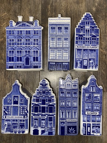 *Various Large Heinen Delfts Blauw Canal Houses(price for 1 only
