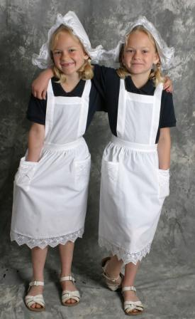 Dutch Child's Full Apron