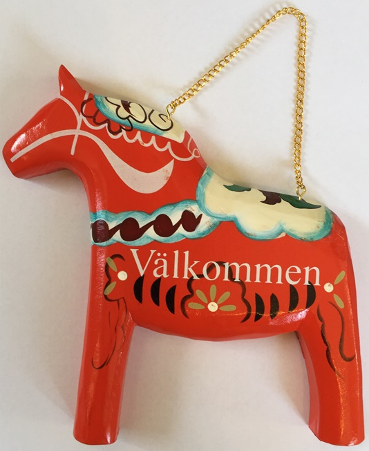 Valkommen Wood Red Dala Horse Entryway sign (Swedish)