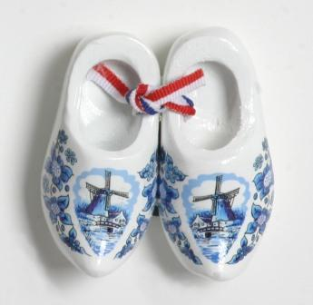 "Blue and White Decorated Wooden Shoes 2.5""   (MINIMUM ORDER 40)"